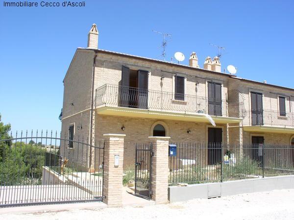 Villa a Schiera in Vendita a Ripatransone