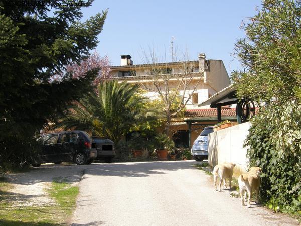 Villa in vendita a Ascoli Piceno, 30 locali, prezzo € 450.000 | Cambio Casa.it