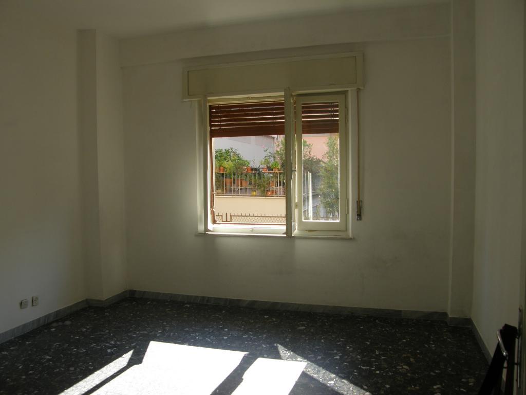 Appartamento in vendita a Ascoli Piceno, 4 locali, prezzo € 130.000 | Cambio Casa.it
