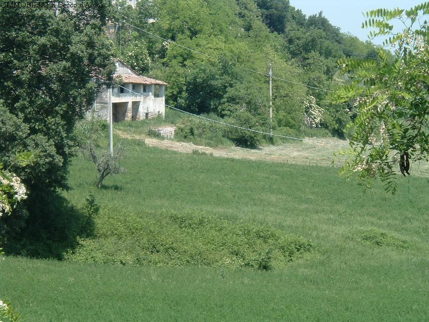 Rustico / Casale in vendita a Ascoli Piceno, 10 locali, zona Zona: Carpineto, prezzo € 200.000 | Cambio Casa.it