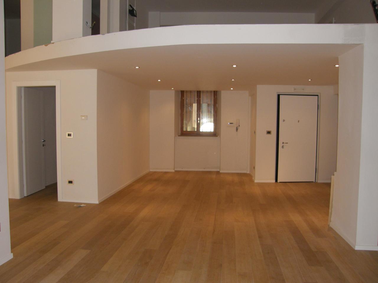 Appartamento in vendita a Ascoli Piceno, 8 locali, prezzo € 520.000 | Cambio Casa.it