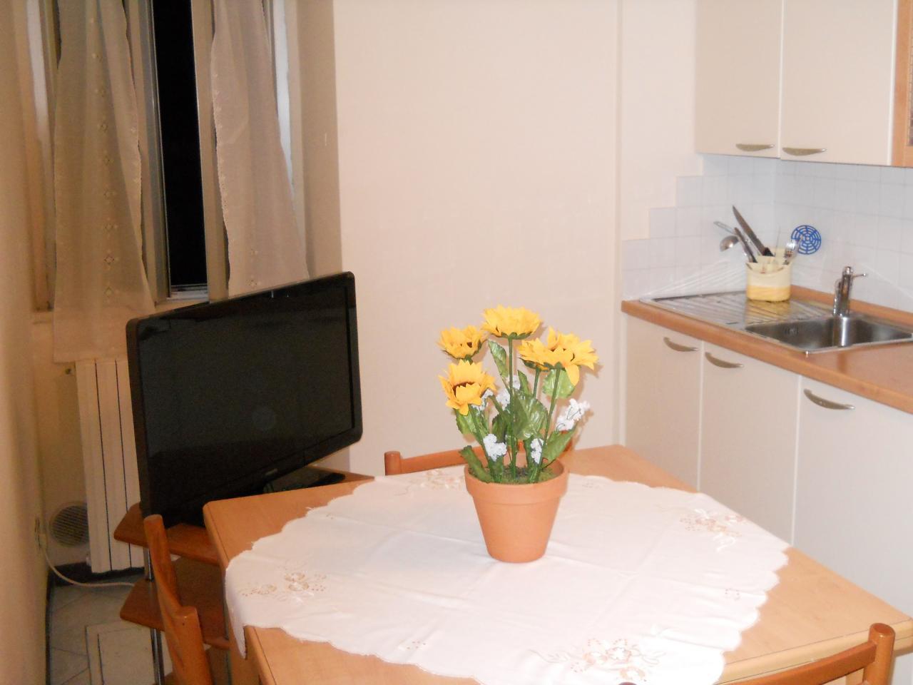 Appartamento in vendita a Montegranaro, 3 locali, prezzo € 45.000 | Cambio Casa.it