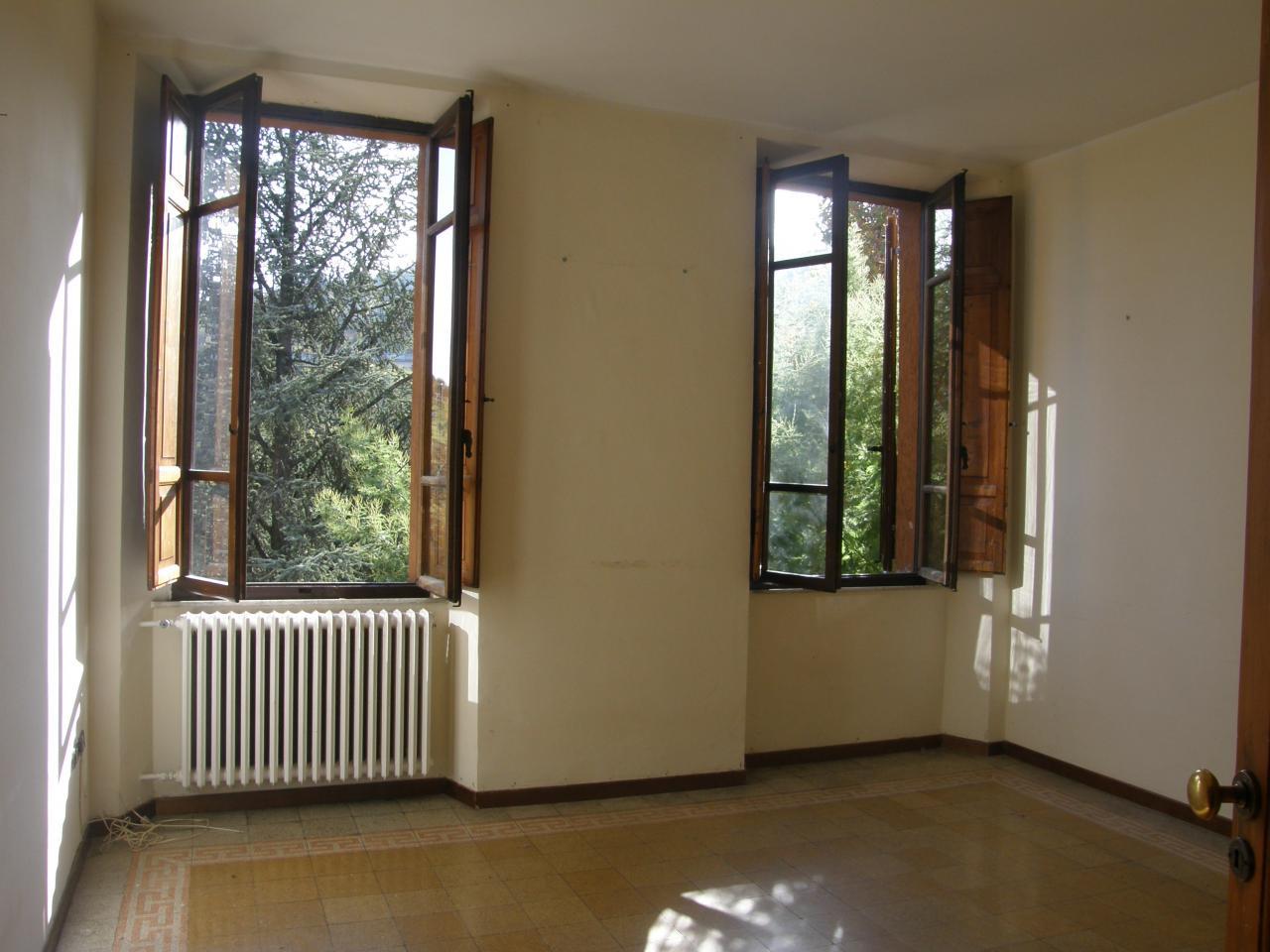 Appartamento in affitto a Ascoli Piceno, 5 locali, prezzo € 500 | Cambio Casa.it