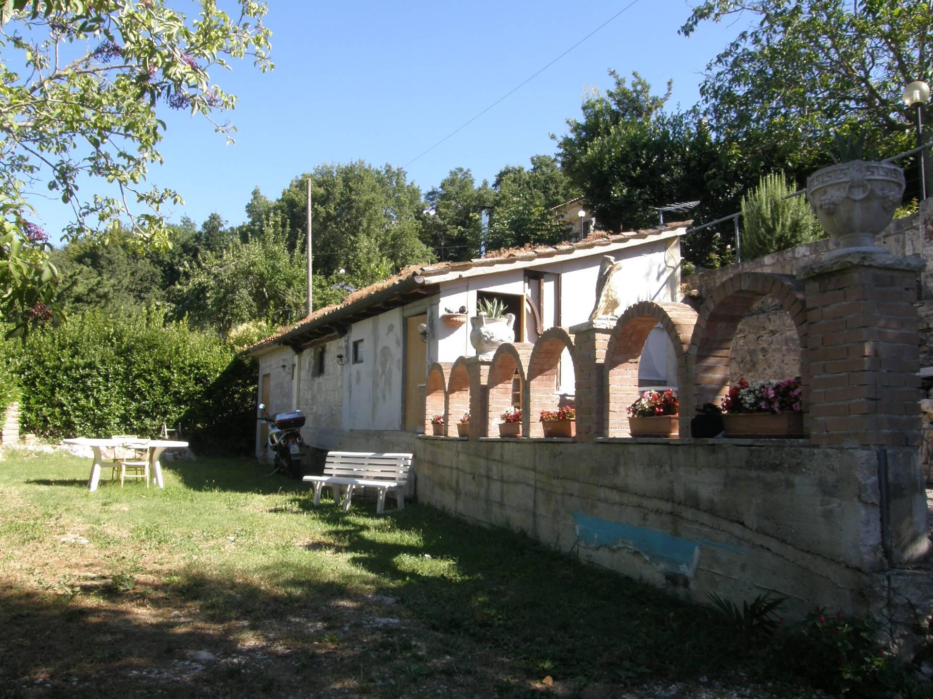 Soluzione Indipendente in vendita a Ascoli Piceno, 3 locali, zona Zona: Piagge, prezzo € 60.000   Cambio Casa.it