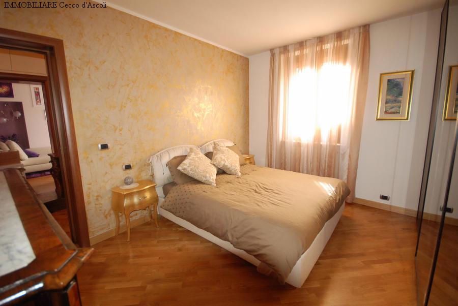 Appartamento in vendita a Ascoli Piceno, 5 locali, prezzo € 210.000   Cambio Casa.it