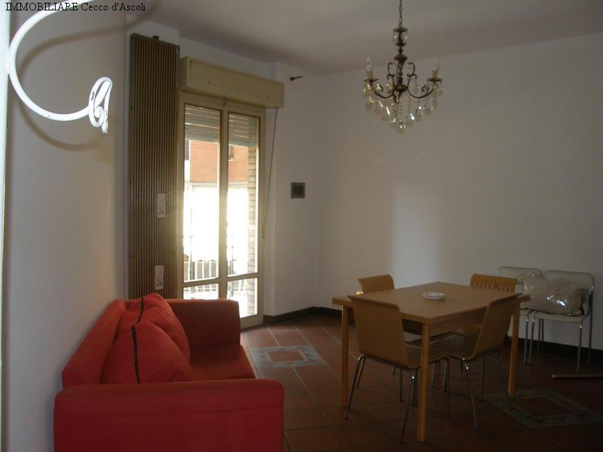 Appartamento in vendita a Ascoli Piceno, 4 locali, zona Località: PortaMaggiore, prezzo € 120.000 | Cambio Casa.it