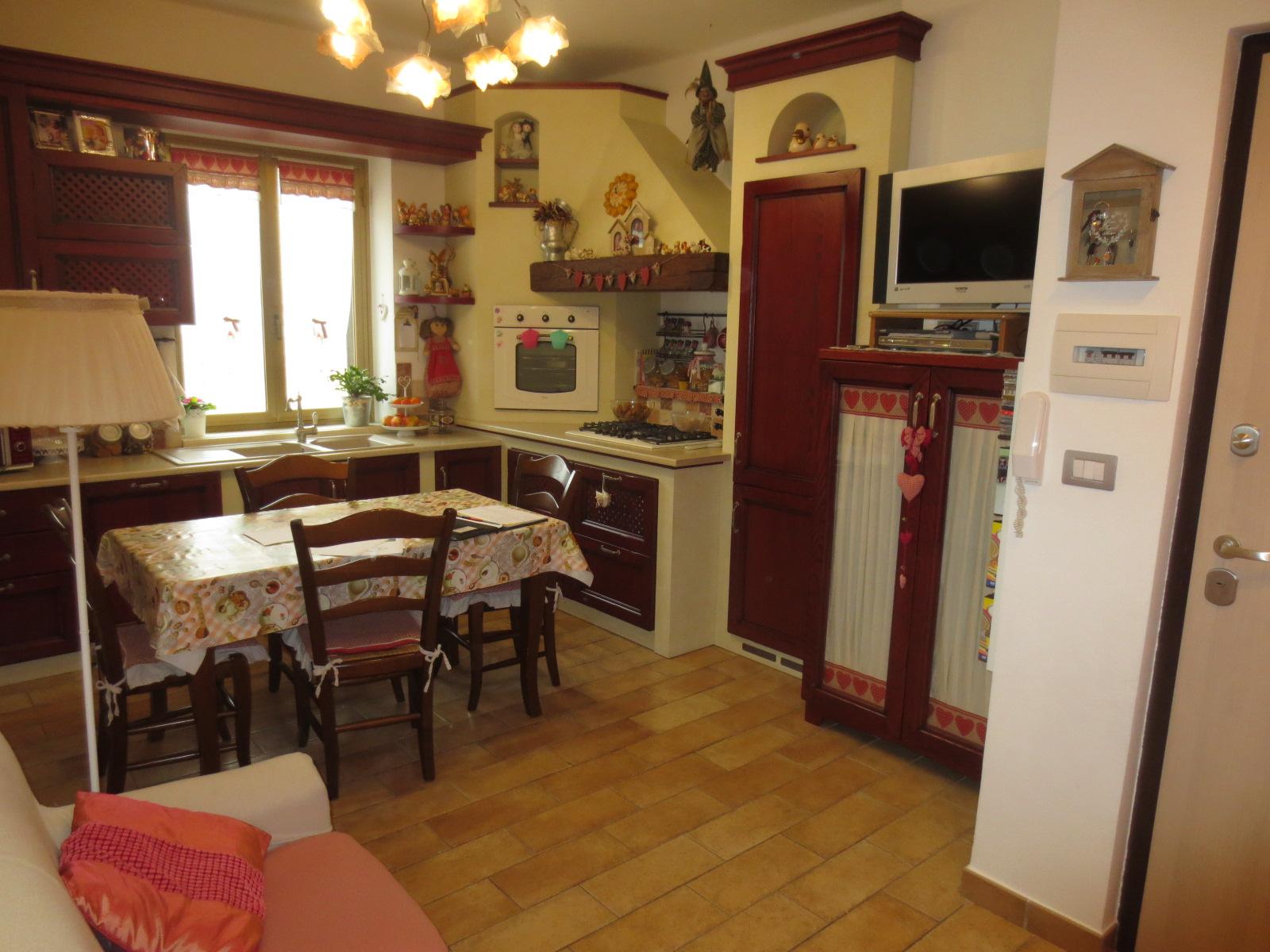 Appartamento in vendita a Ascoli Piceno, 3 locali, prezzo € 110.000 | Cambio Casa.it