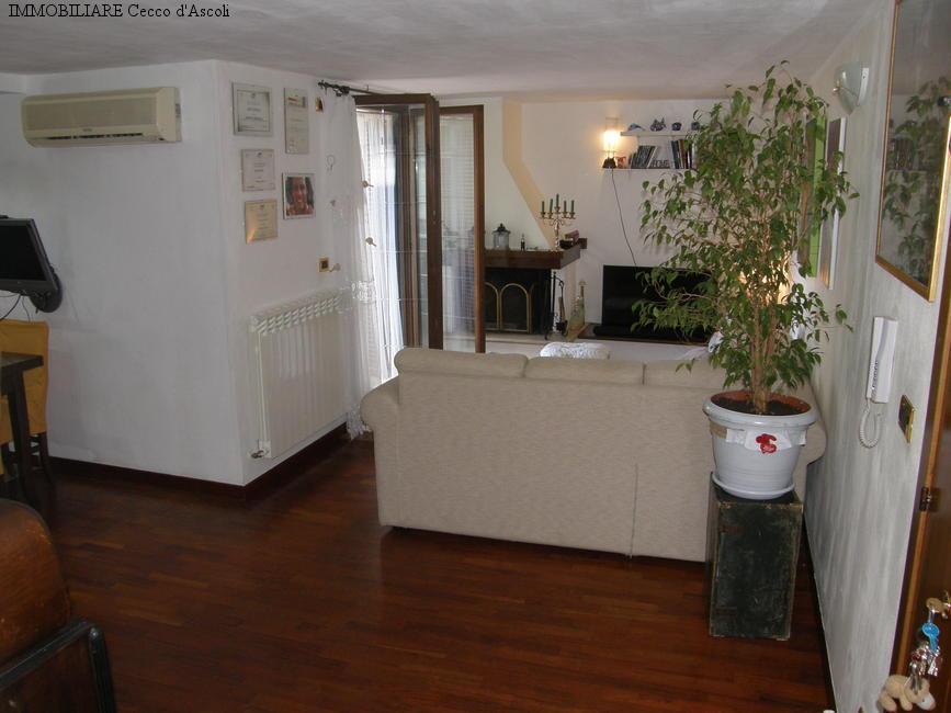 Appartamento in vendita a Ascoli Piceno, 4 locali, prezzo € 80.000 | Cambio Casa.it
