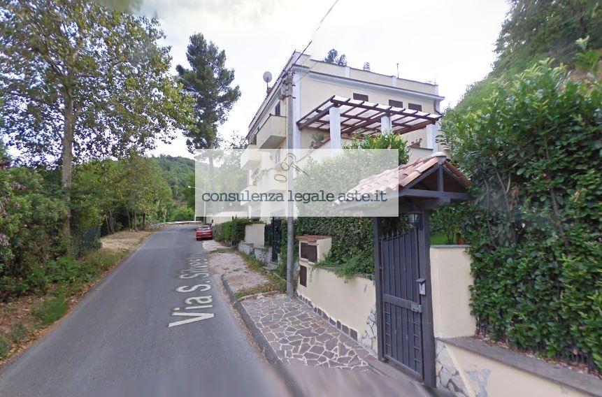 Bilocale Monte Compatri Via San Silvestro 3