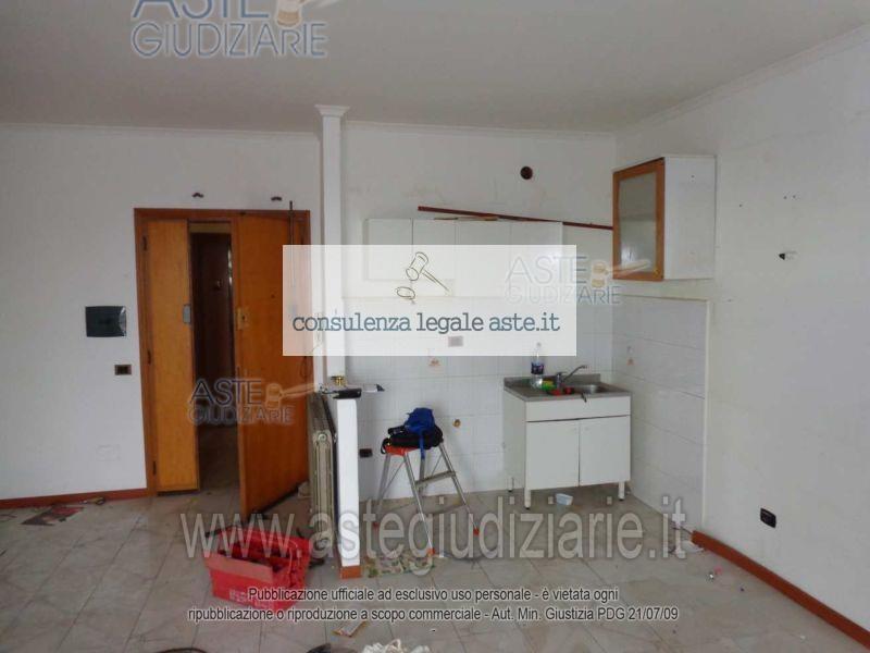 Bilocale Castel Gandolfo Via Colle Fiorito 5