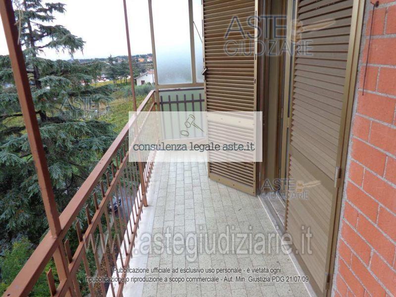 Bilocale Castel Gandolfo Via Colle Fiorito 10