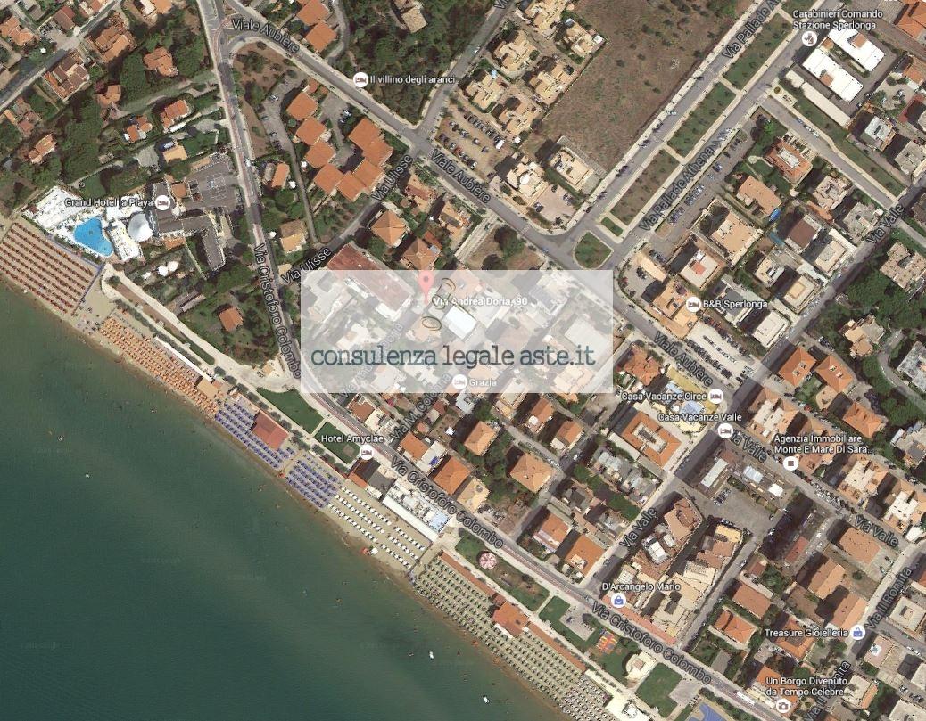 Bilocale Sperlonga Via Andrea Doria 3