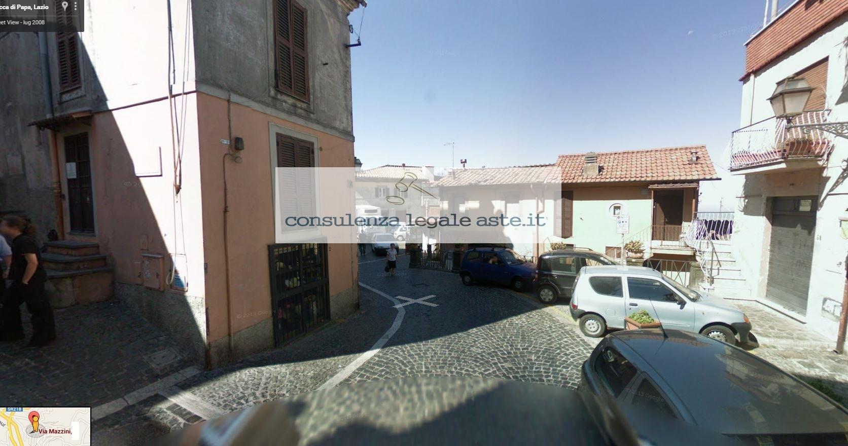 Bilocale Rocca di Papa Via Mazzini 4