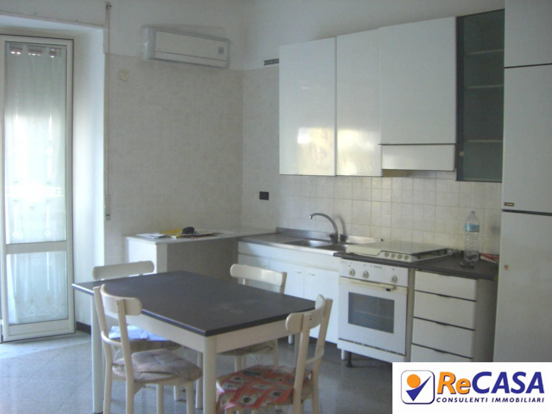 Appartamento in affitto a Montecorvino Rovella, 3 locali, zona Località: SanMartino, prezzo € 330 | Cambio Casa.it