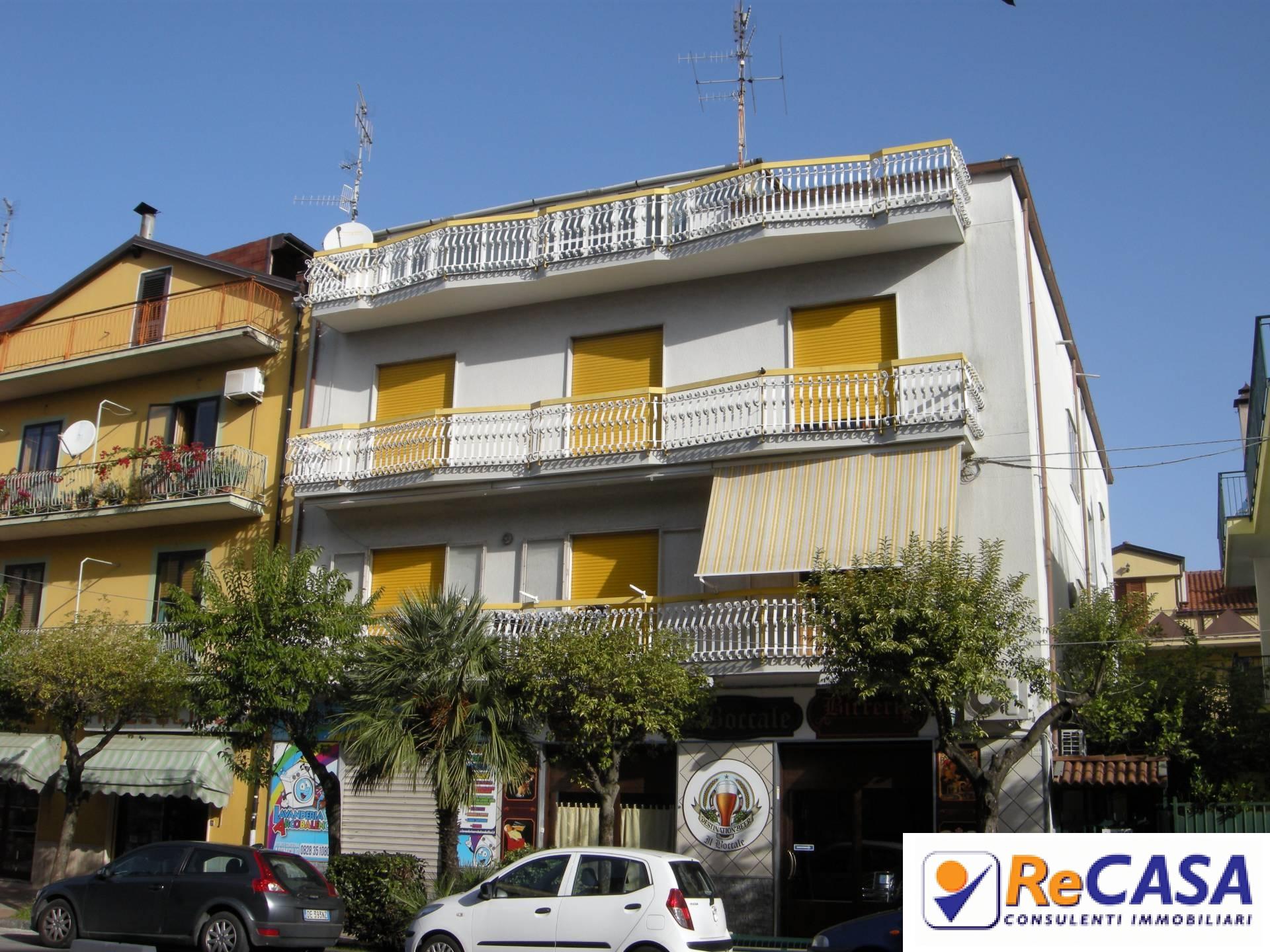 Casa bellizzi appartamenti e case in vendita for Case vendita salerno