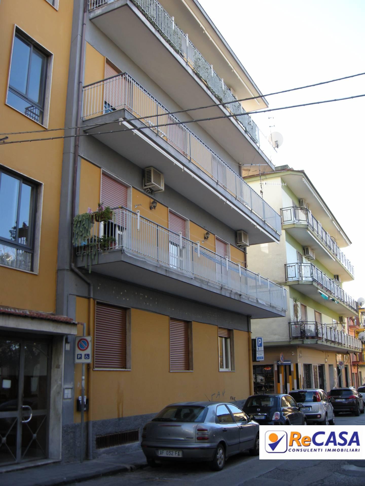 Appartamento in affitto a Bellizzi, 3 locali, zona Località: Centro, prezzo € 400   Cambio Casa.it