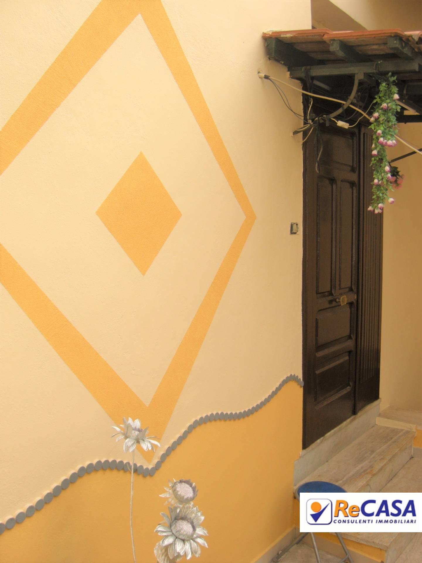 Soluzione Indipendente in vendita a Montecorvino Rovella, 5 locali, zona Zona: Votraci, prezzo € 43.000 | CambioCasa.it