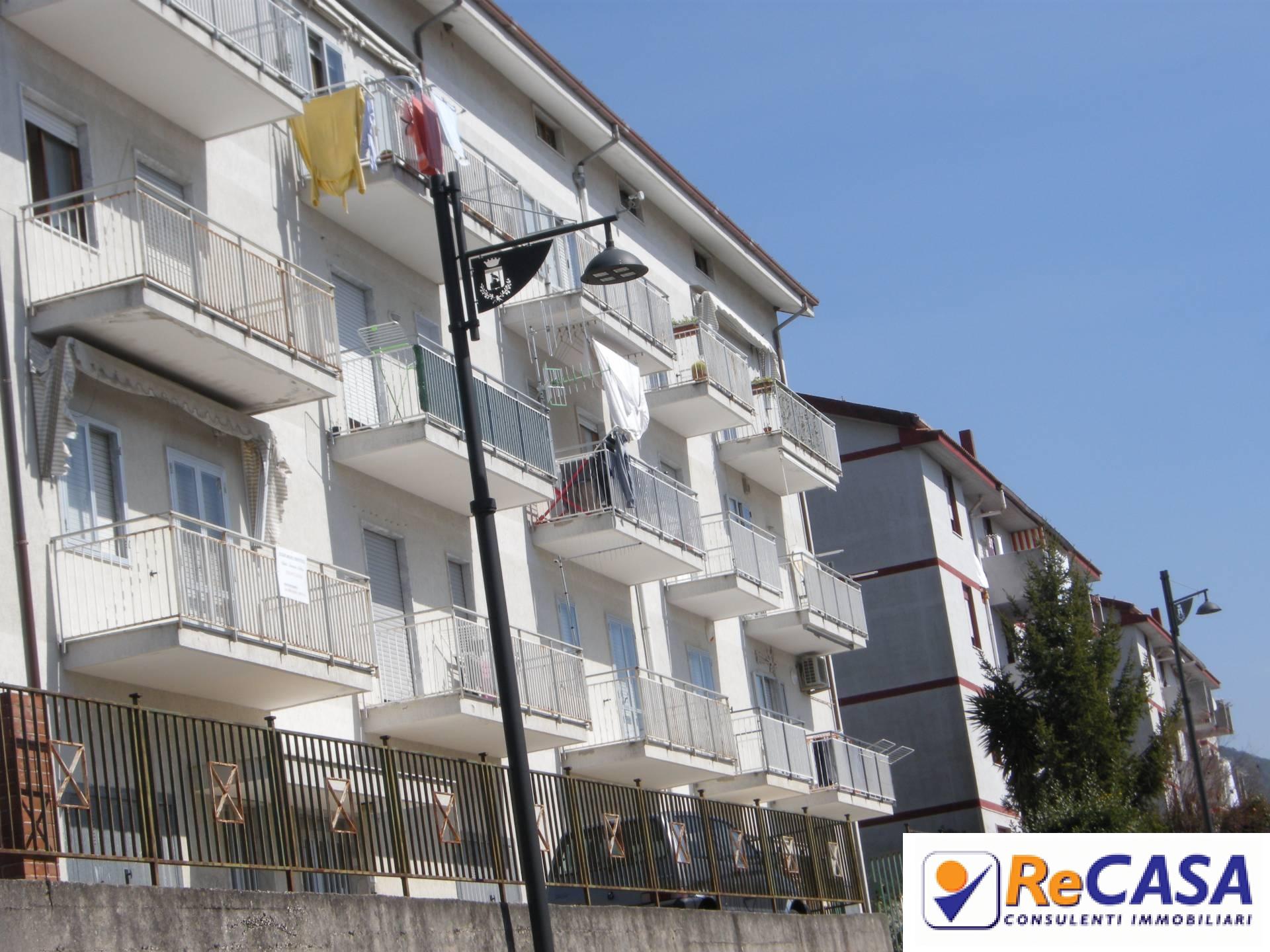 Appartamento in affitto a Montecorvino Pugliano, 2 locali, zona Località: Centro, prezzo € 350 | CambioCasa.it