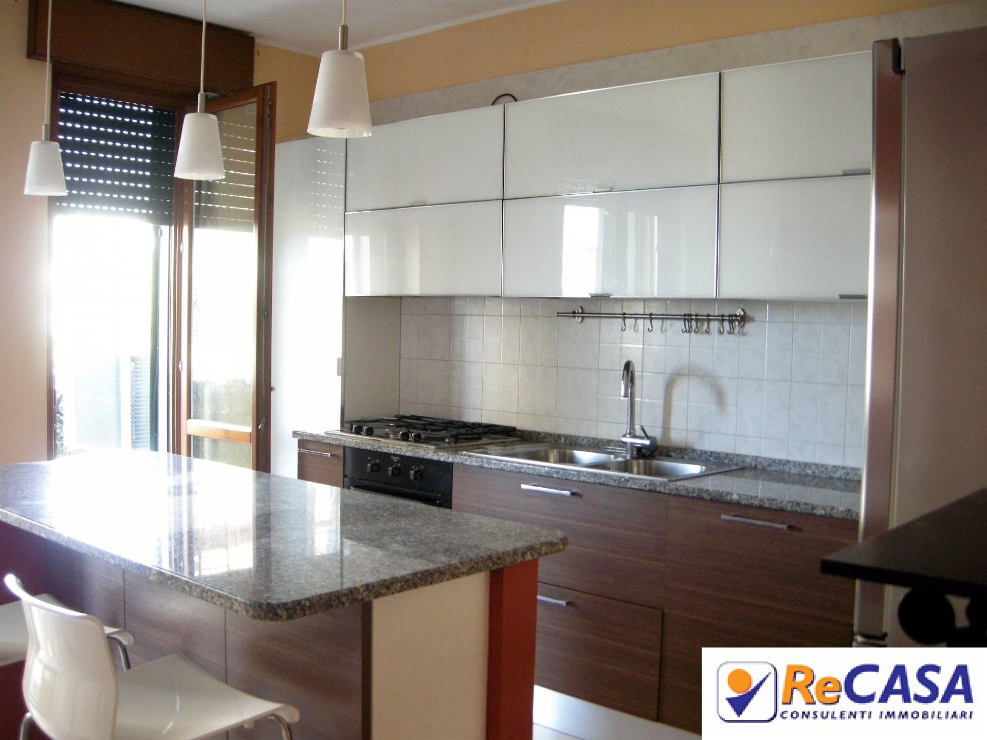 Appartamento in vendita a Montecorvino Pugliano, 4 locali, zona Località: BivioPratole, prezzo € 145.000 | CambioCasa.it