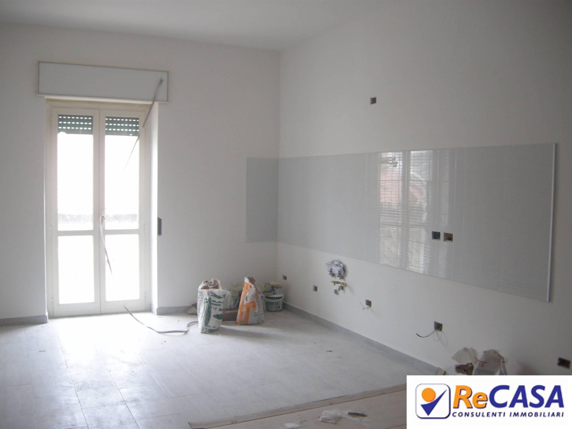 Appartamento in affitto a Bellizzi, 3 locali, zona Località: Centro, prezzo € 470 | CambioCasa.it