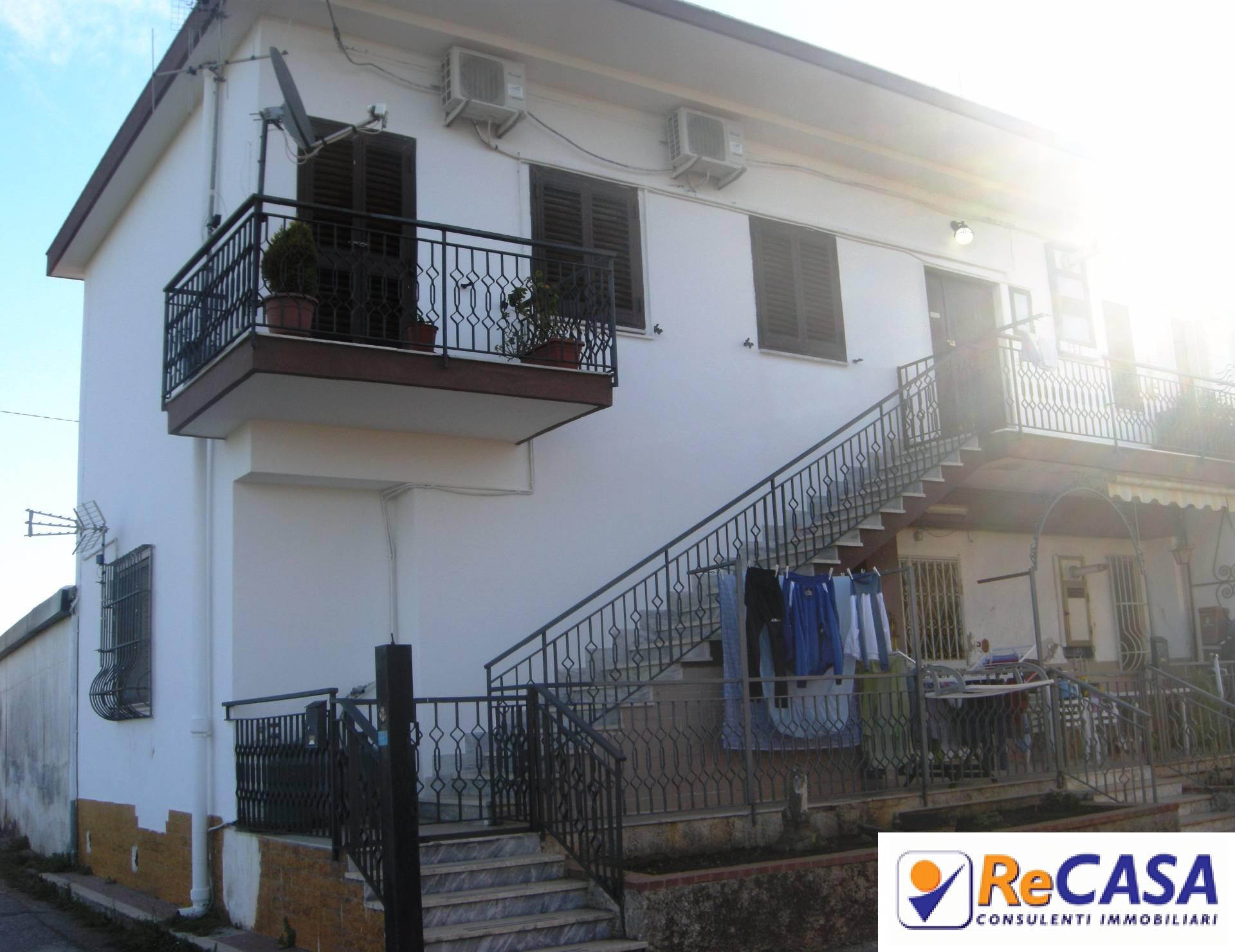 Appartamento in vendita a Pontecagnano Faiano, 2 locali, zona Zona: Pontecagnano, prezzo € 55.000 | CambioCasa.it