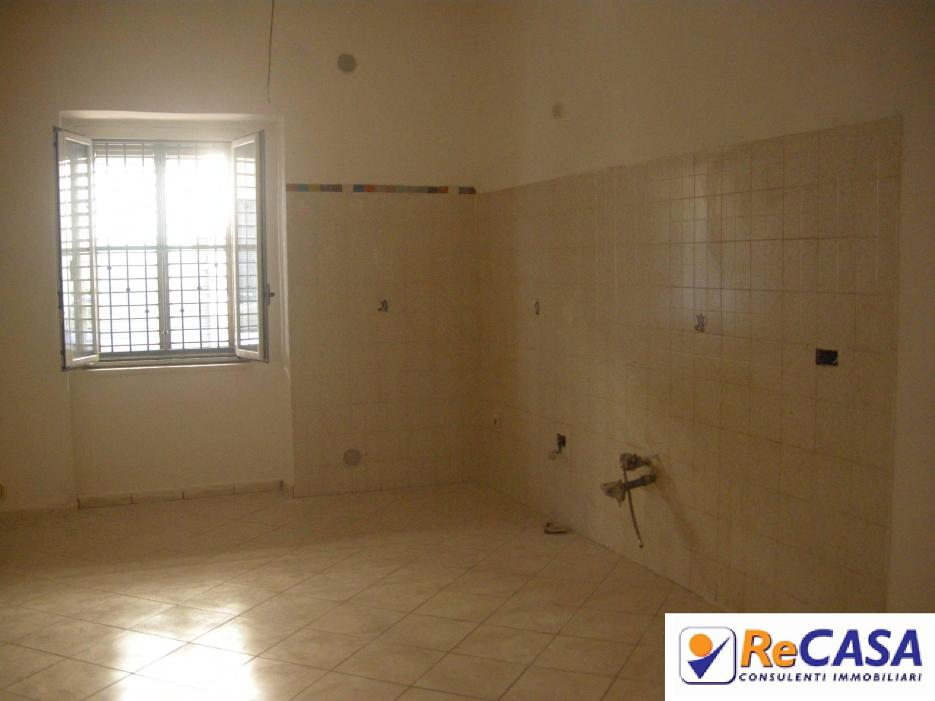 Appartamento in affitto a Bellizzi, 3 locali, zona Località: Centro, prezzo € 380 | CambioCasa.it