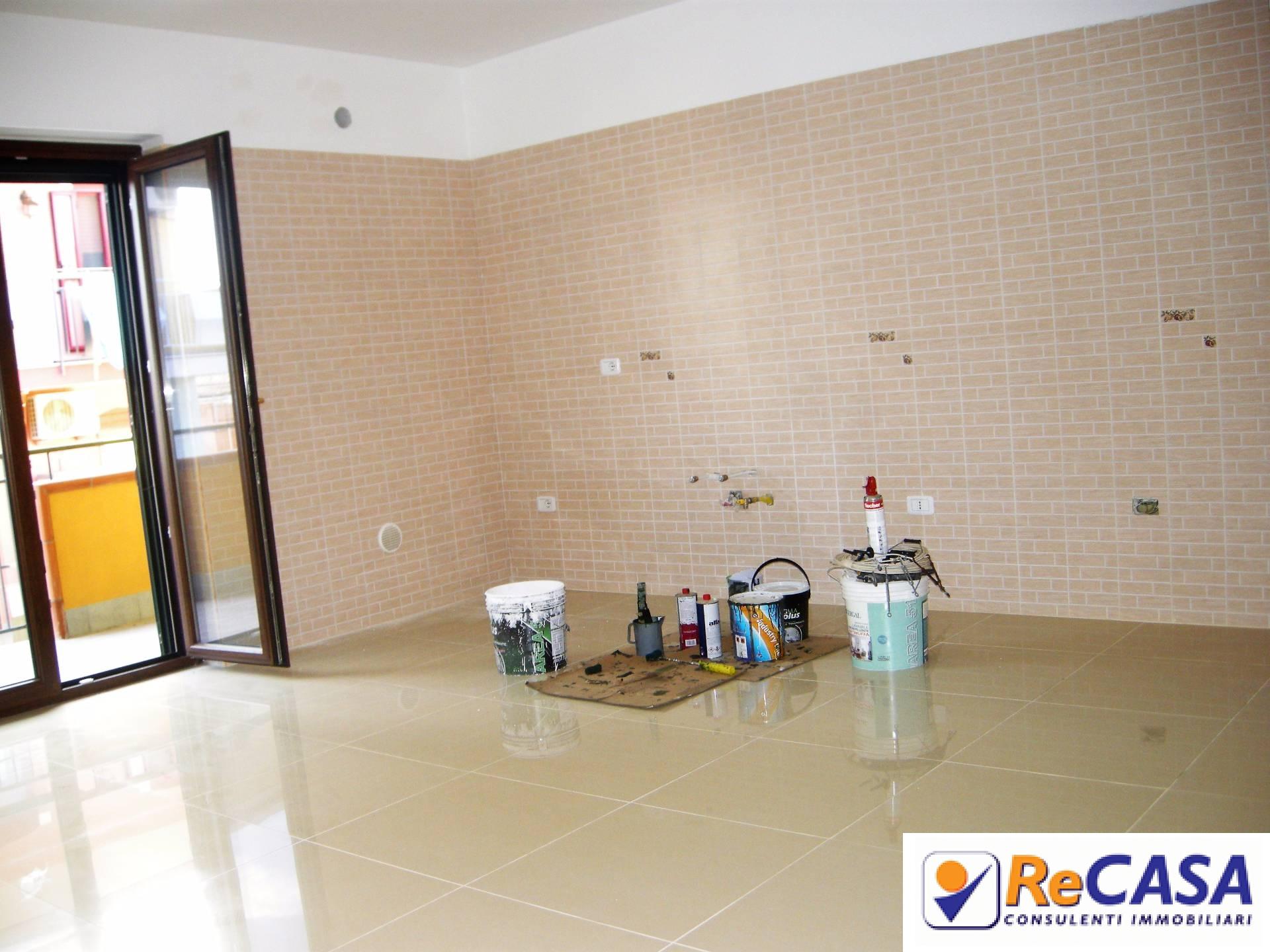 Appartamento in affitto a Montecorvino Rovella, 3 locali, zona Zona: Macchia, prezzo € 400 | CambioCasa.it