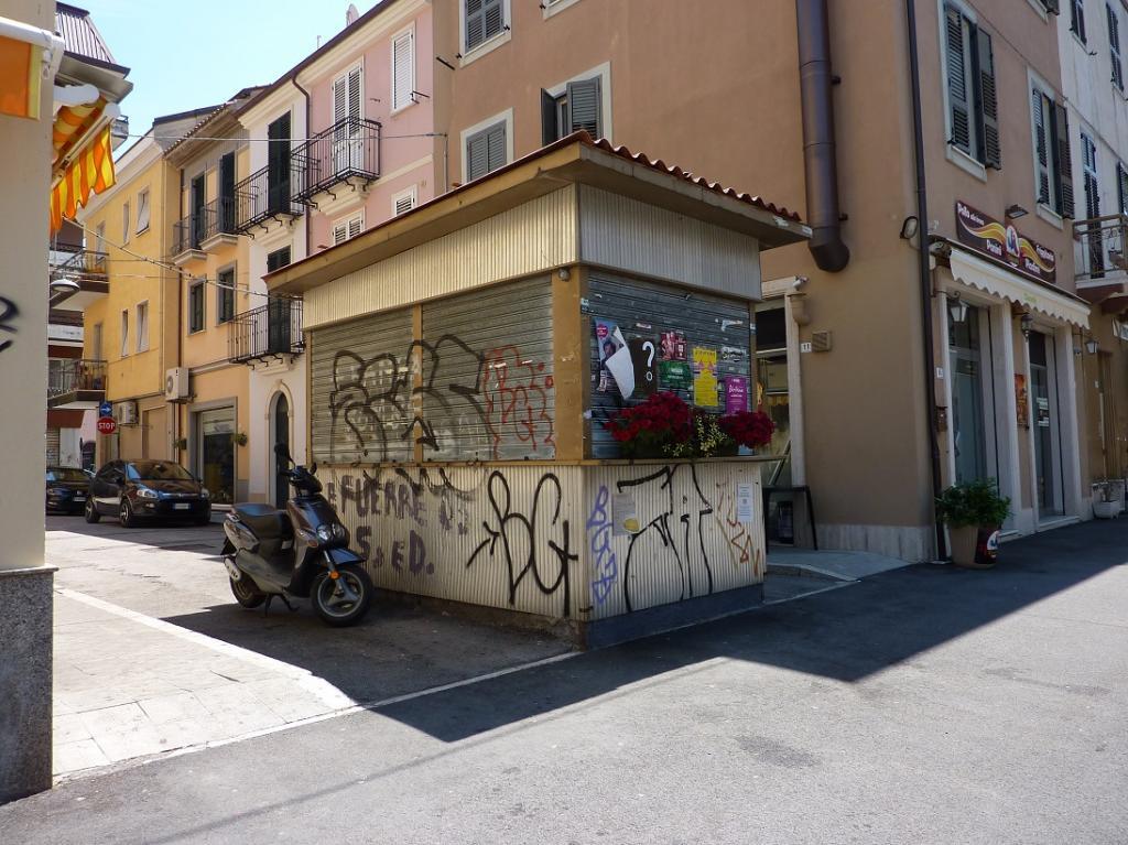 Negozio / Locale in vendita a San Benedetto del Tronto, 9999 locali, zona Località: CENTRO, Trattative riservate | CambioCasa.it