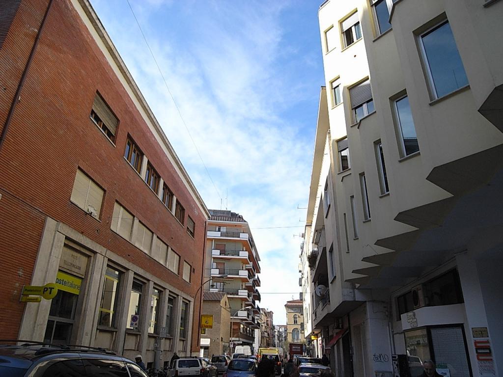 Bilocale San Benedetto del Tronto Via M. Curzi 1
