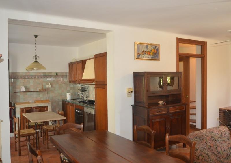 Villa in Affitto a Acquaviva Picena