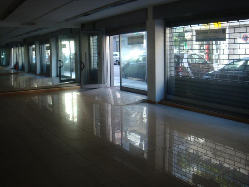 Negozio / Locale in Vendita a Bari