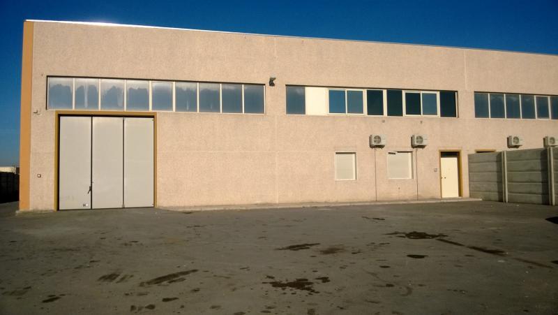 Capannone in vendita a Bari, 9999 locali, zona Località: ZonaIndustriale,  | Cambiocasa.it