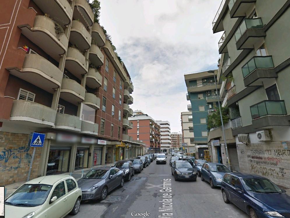 Ufficio / Studio in affitto a Bari, 9999 locali, zona Zona: Picone, Trattative riservate | Cambio Casa.it