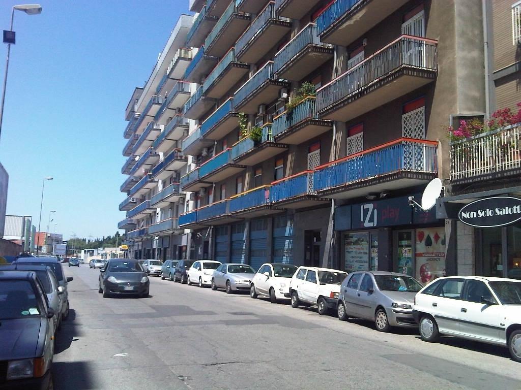 Negozio / Locale in vendita a Bari, 9999 locali, prezzo € 110.000 | Cambio Casa.it