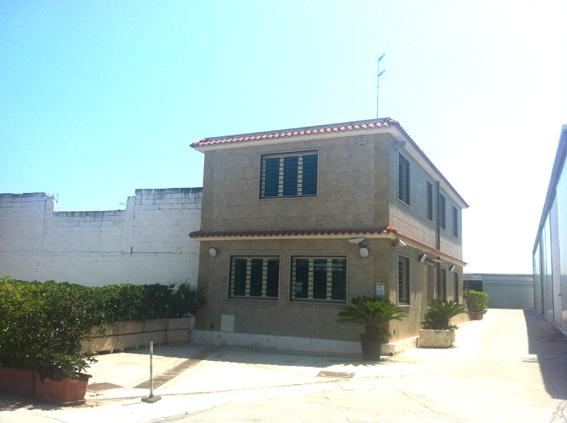 Ufficio / Studio in affitto a Bari, 9999 locali, zona Località: Carbonara-Ceglie, Trattative riservate | Cambio Casa.it