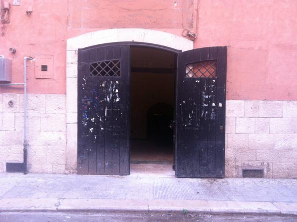 Negozio / Locale in affitto a Bari, 9999 locali, zona Zona: Murat, Trattative riservate   Cambio Casa.it