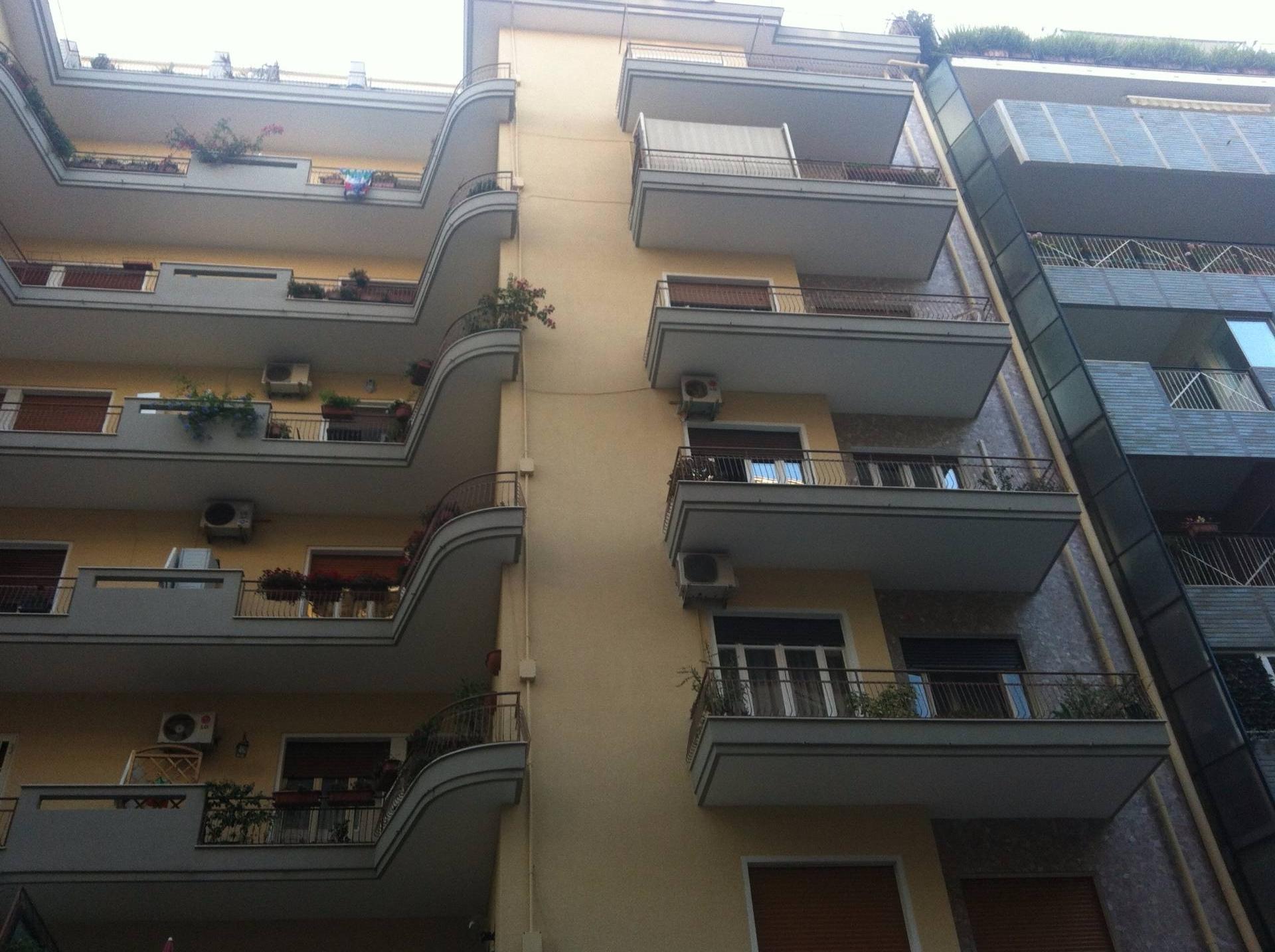 Appartamento in vendita a Bari, 5 locali, zona Zona: Madonnella, Trattative riservate | Cambio Casa.it