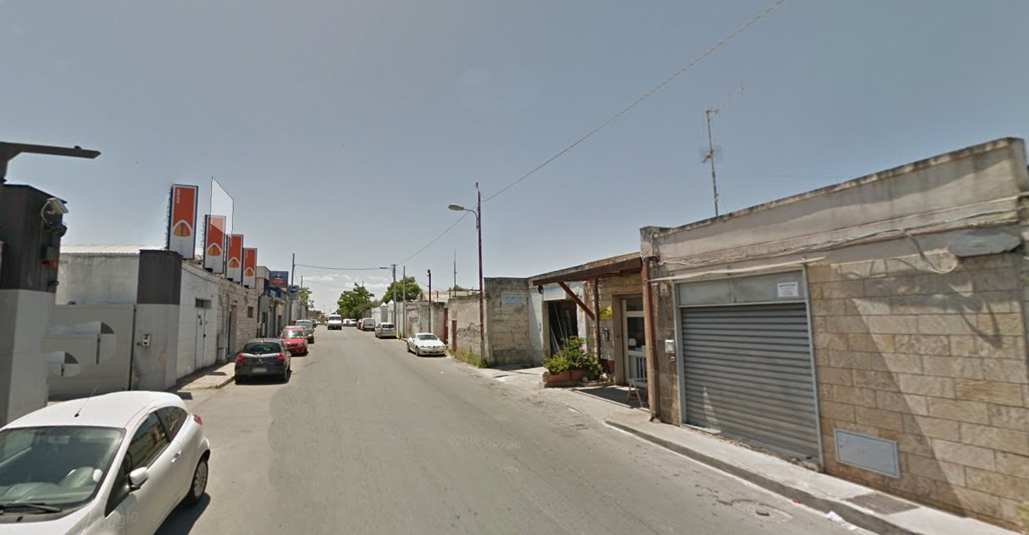 Laboratorio in vendita a Bari, 9999 locali, zona Località: S.Caterina, Trattative riservate | CambioCasa.it
