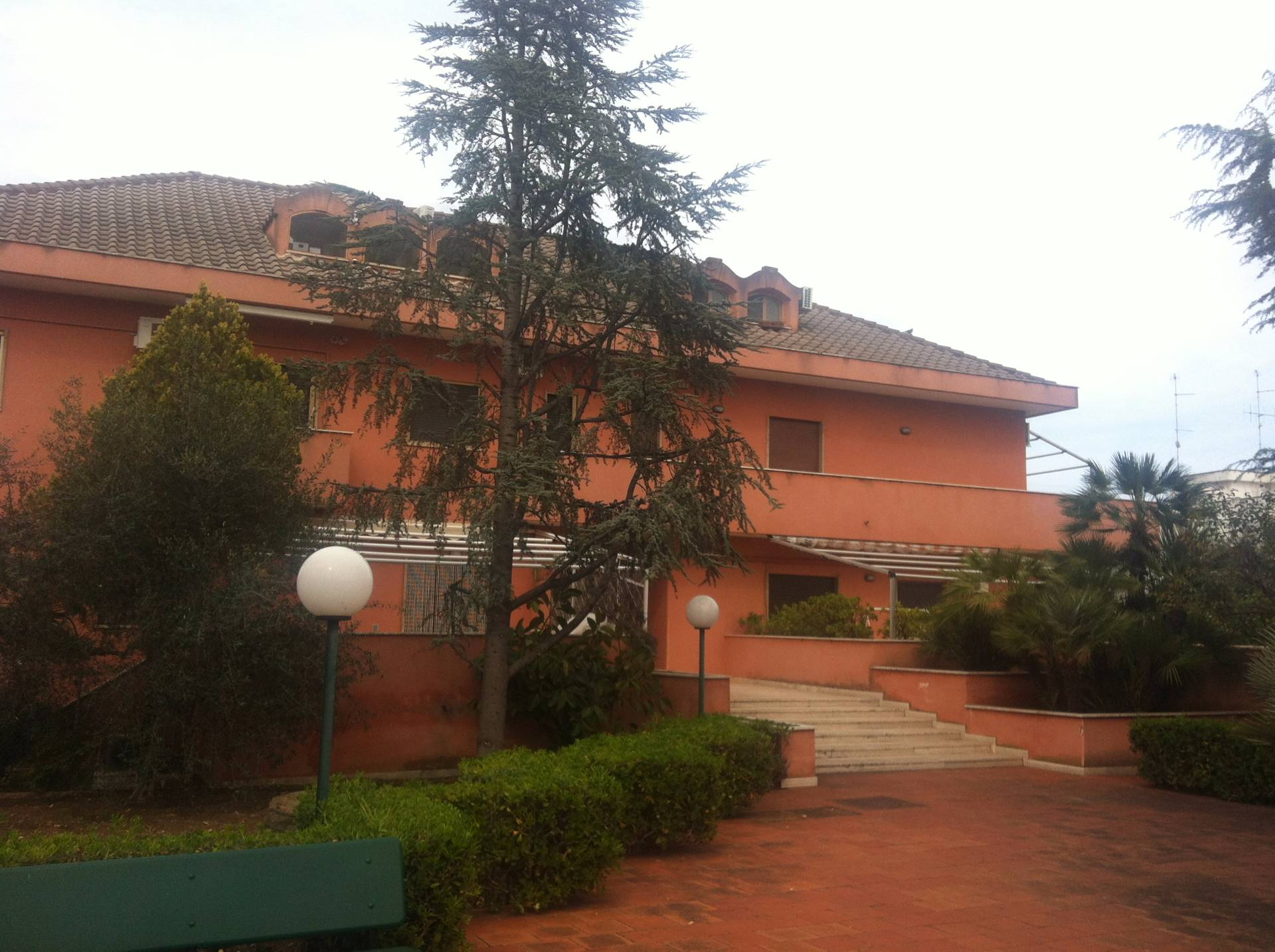 Appartamento in vendita a Bari, 3 locali, zona Zona: Palese, Trattative riservate | CambioCasa.it