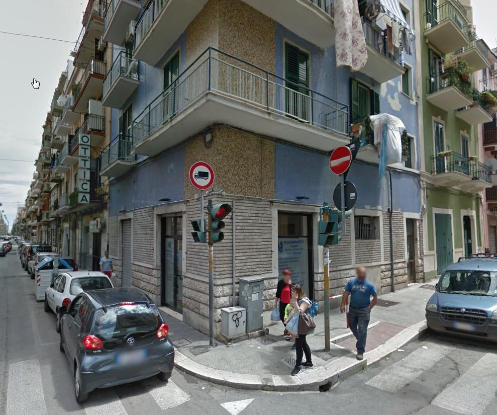 Negozio / Locale in vendita a Bari, 9999 locali, zona Zona: Libertà, prezzo € 60.000 | CambioCasa.it