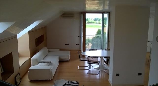 Appartamento in vendita a Treviso, 6 locali, zona Località: Fiera, prezzo € 900.000 | CambioCasa.it