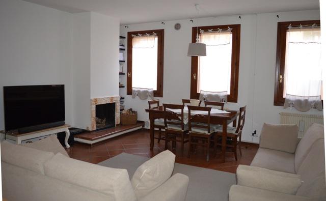 Appartamento in affitto a Treviso, 5 locali, zona Località: Centrostorico, prezzo € 700 | Cambio Casa.it