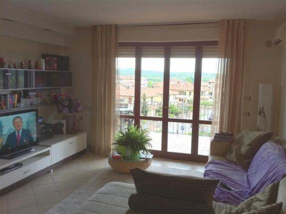 Appartamento in vendita a Pontedera, 3 locali, prezzo € 210.000 | Cambio Casa.it