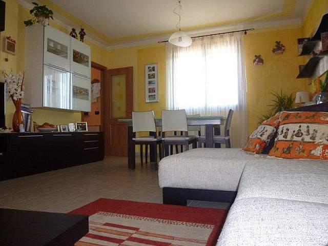 Appartamento in vendita a Bientina, 4 locali, prezzo € 200.000 | Cambio Casa.it