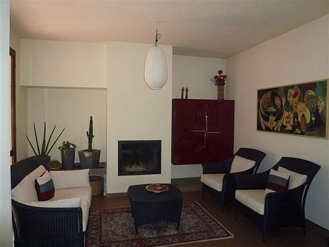 Villa a Schiera in Vendita a Bientina