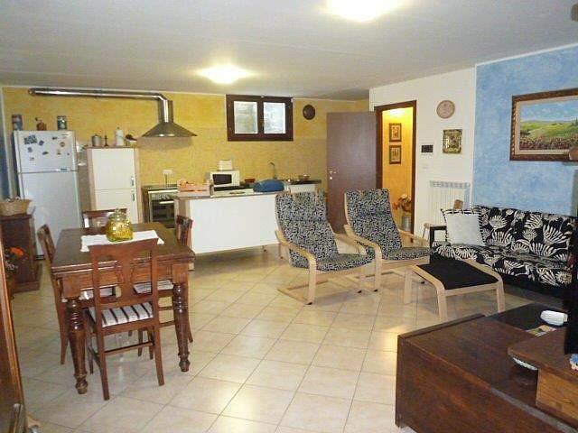 Villa in vendita a Bientina, 6 locali, zona Località: QuattroStrade, prezzo € 285.000 | Cambio Casa.it