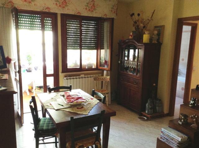 Appartamento in vendita a Bientina, 3 locali, prezzo € 140.000 | Cambio Casa.it