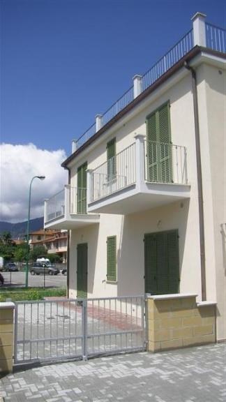 Appartamento in vendita a Buti, 3 locali, zona Località: CASCINEDIBUTI, prezzo € 170.000 | Cambio Casa.it