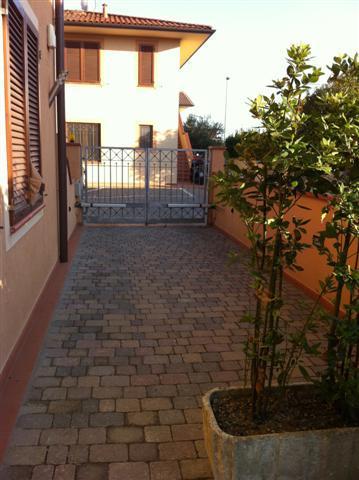 Appartamento in vendita a Pontedera, 3 locali, prezzo € 170.000 | Cambio Casa.it