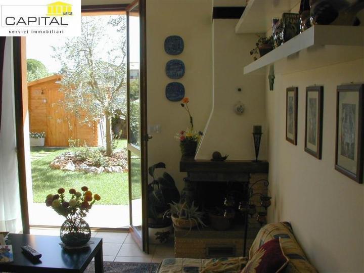Villa in vendita a Calcinaia, 5 locali, zona Zona: Oltrarno, prezzo € 330.000 | Cambio Casa.it